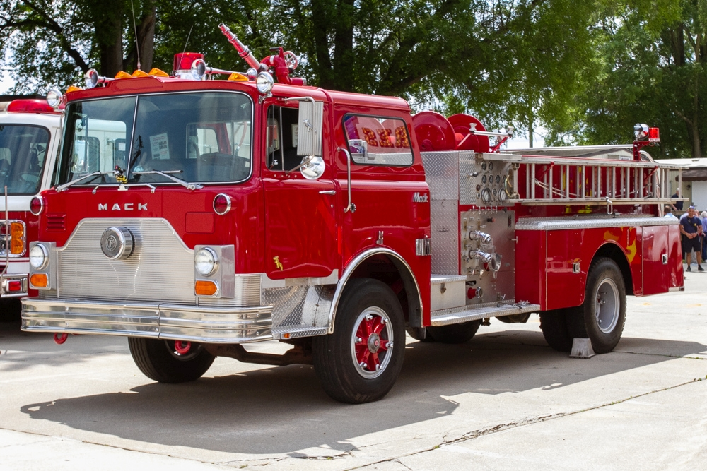 Picture of 1982 fire engine